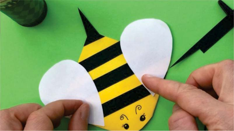 Craft Time: How to Create a Bee Corner Bookmark